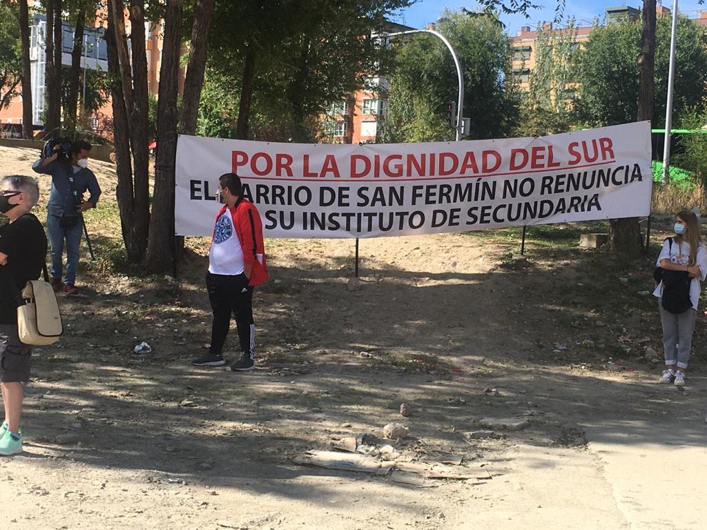 EL SOLAR DESTINADO A INSTITUTO NO SERÁ PARKING. LA CONSEJERÍA DE EDUCACIÓNSE QUEDA SIN EXCUSAS.