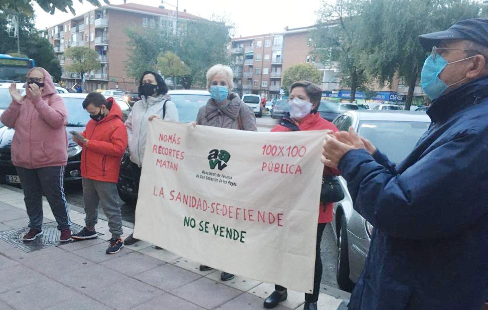 Comunicado de la Mesa en Defensa de la Sanidad Pública de Madrid (MESDAP)-Marea Blanca criticando las actuaciones de Madrid en materia sanitaria.